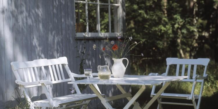 take your garden furniture out on sunday your danish life rh yourdanishlife dk dansk outdoor furniture danish outdoor furniture uk