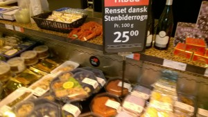 In March 2015 the abundant supply of Stenbiderrogn brought the prices down to an all time low of DKK 25/100 gram. Not yet seen in 2016.